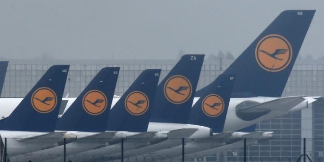 Airlines KLM, Lufthansa to cut budgets following coronavirus outbreak